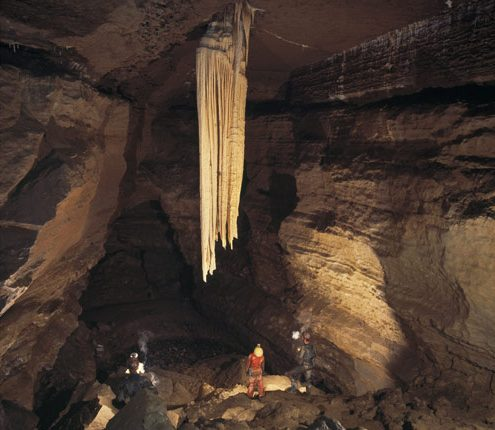 The-Great-Stalactite-photo-Paul-Dekin