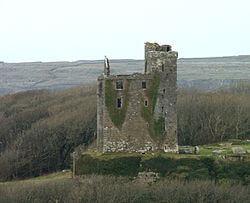 Ballinalacken_castle